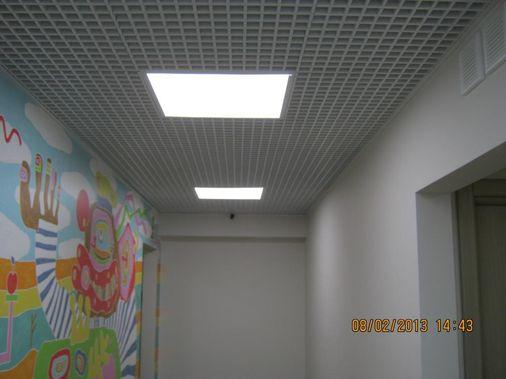 монтаж светильников растровых
